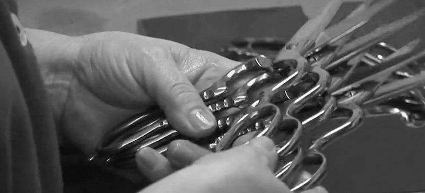 Czy warto regenerować nożyczki fryzjerskie? Przeczytaj na blogu hurtowni Progress Września