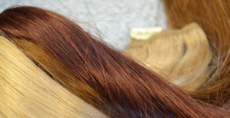 Przedłużanie włosów na kilka sposobów. Dłuższe w krótkim czasie